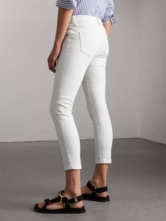 Skinny Fit Low-Rise Cropped Jeans in White - Women | Burberry - cell image 2