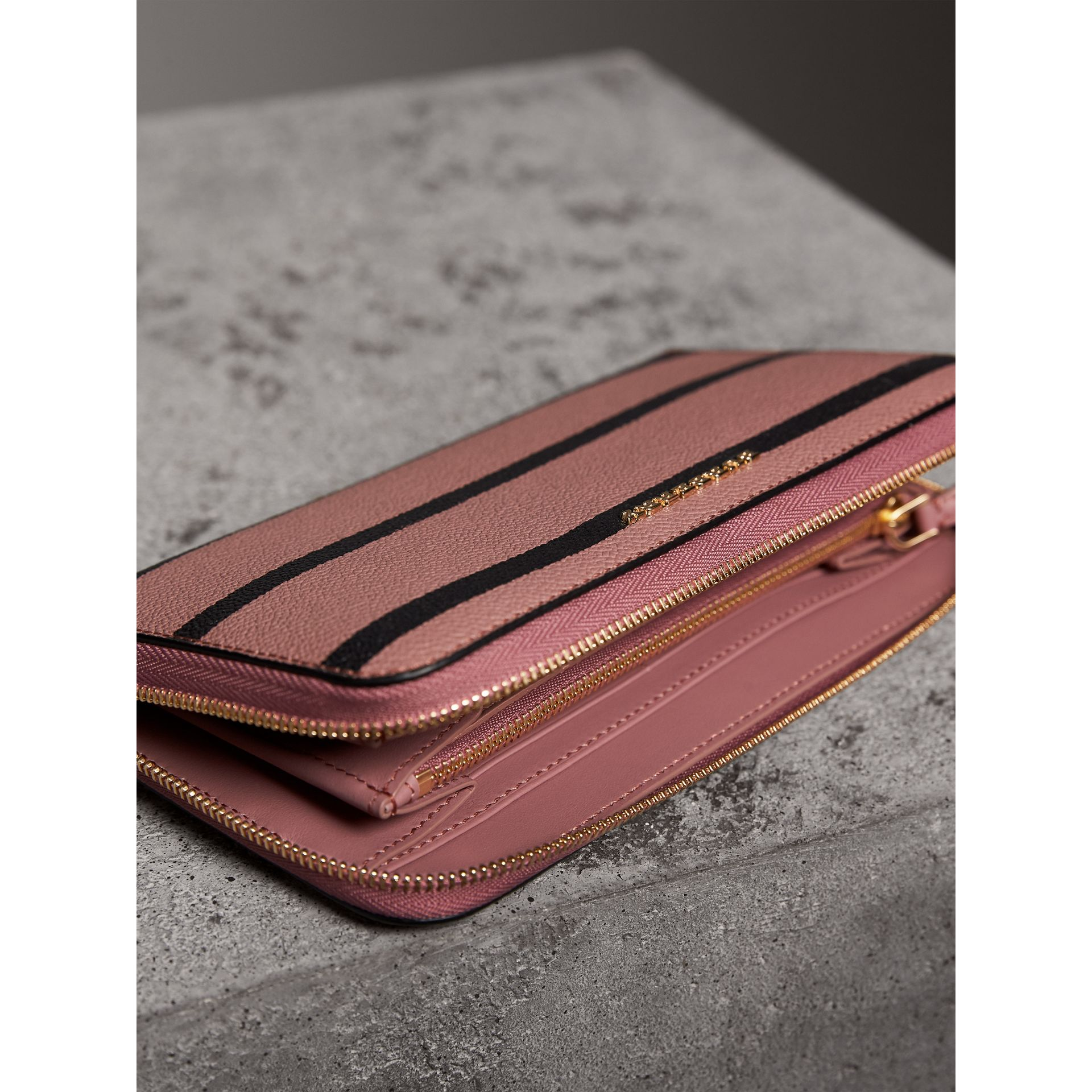 Trompe L'oeil Print Leather Ziparound Wallet in Dusty Pink - Women | Burberry - gallery image 9