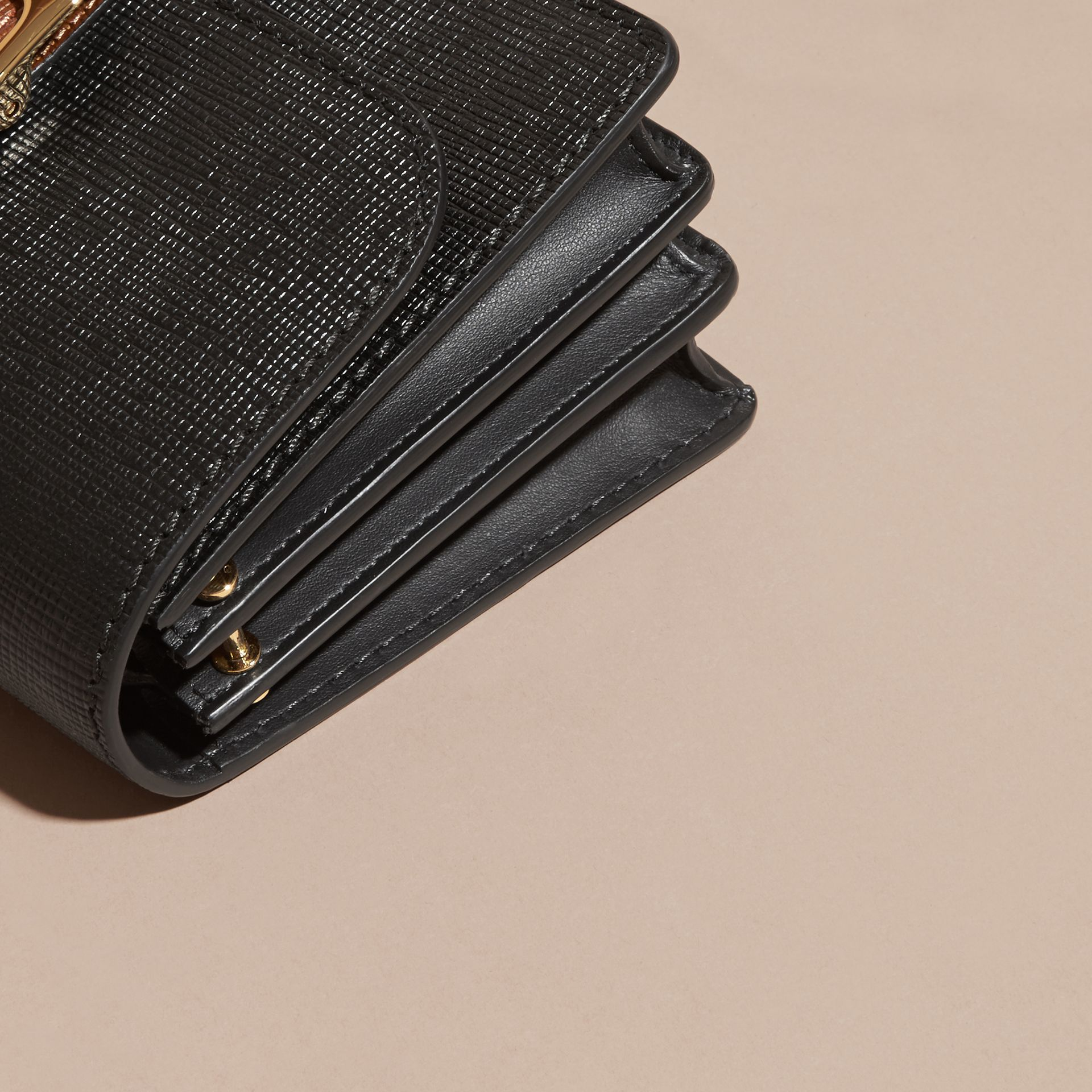 The Medium Buckle Bag in Textured Leather in Black/tan - gallery image 7