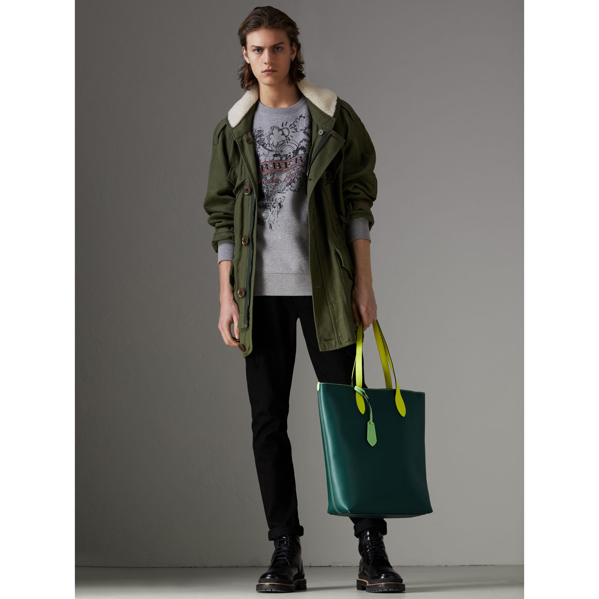 Medium Two-tone Coated Leather Tote in Dark Teal | Burberry - gallery image 3