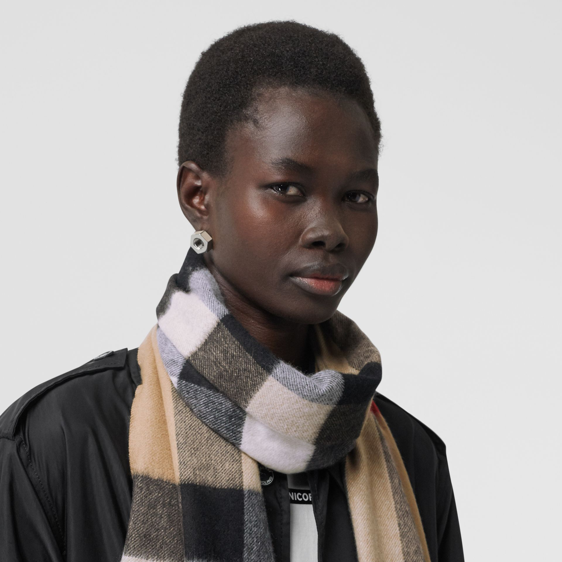 Check Cashmere Scarf in Archive Beige | Burberry - gallery image 2