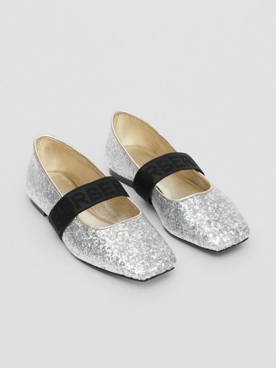 Chaussures plates pailletées avec logo (Argent)
