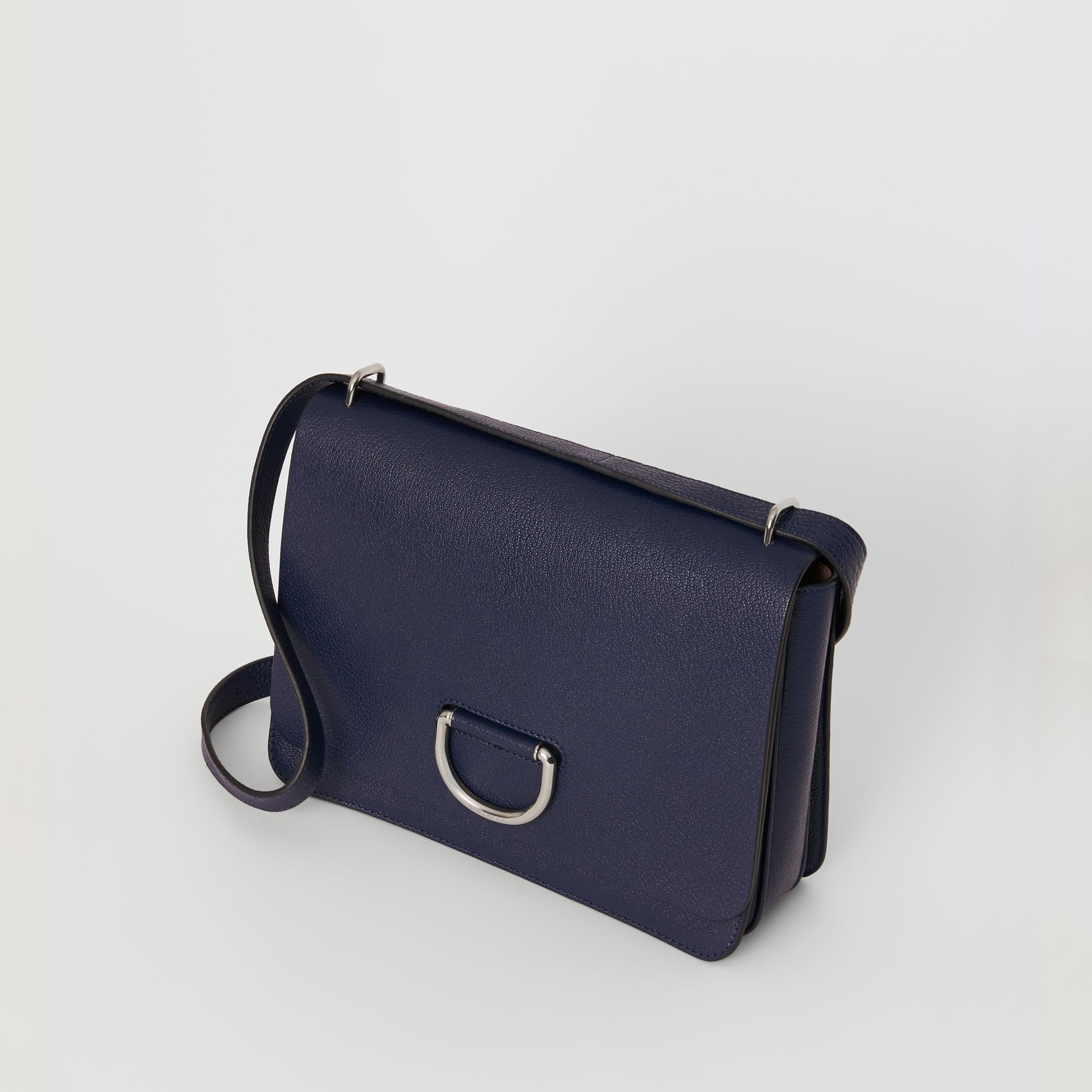Borsa The D-ring media in pelle (Blu Reggenza) - Donna | Burberry - immagine della galleria 4