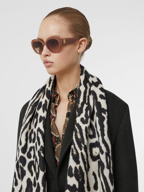 Monogram Motif Cat-eye Frame Sunglasses in Warm Camel - Women | Burberry - cell image 2