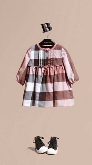 Robe en flanelle de coton à motif check avec nœud décoratif