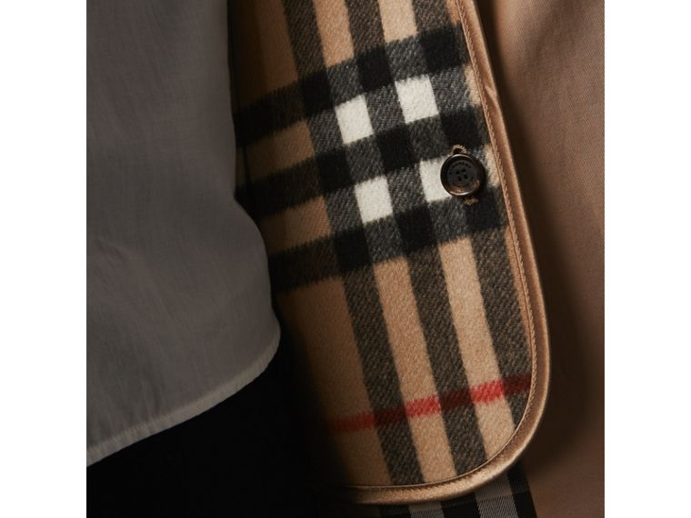Sandringham-fit House Check Cashmere Wool Warmer in Camel - Women | Burberry Canada - cell image 1