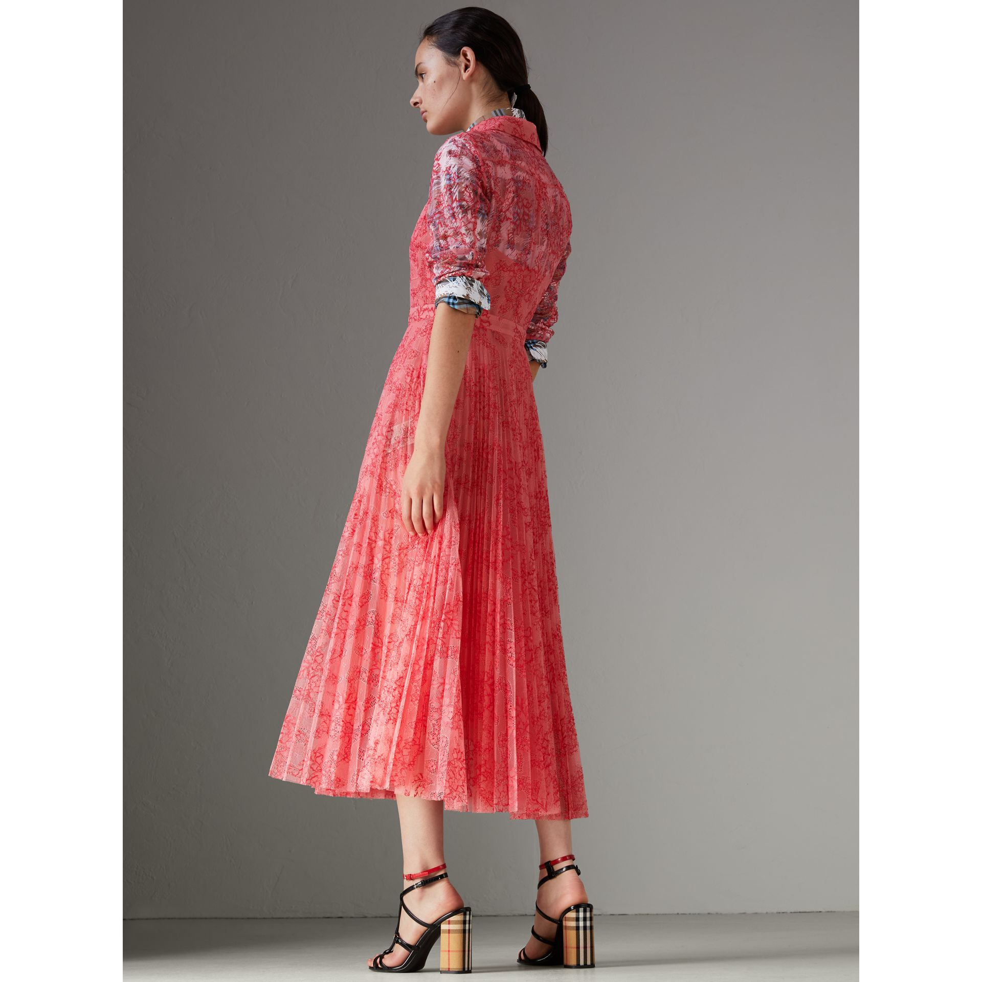 Pleated Lace Dress in Pale Apricot/coral - Women | Burberry Singapore - gallery image 2