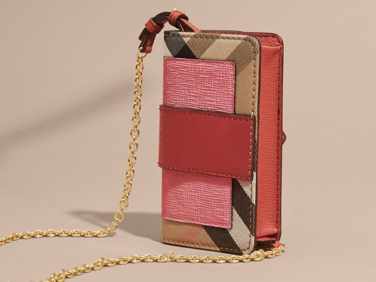 The Mini Buckle Bag in Leather and House Check Rose Pink - cell image 4