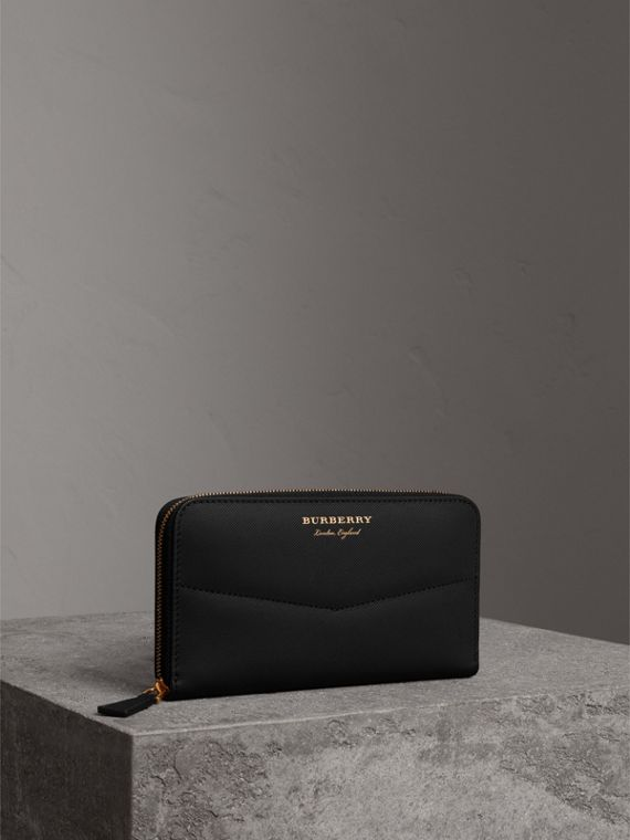 Trench Leather Ziparound Wallet in Black