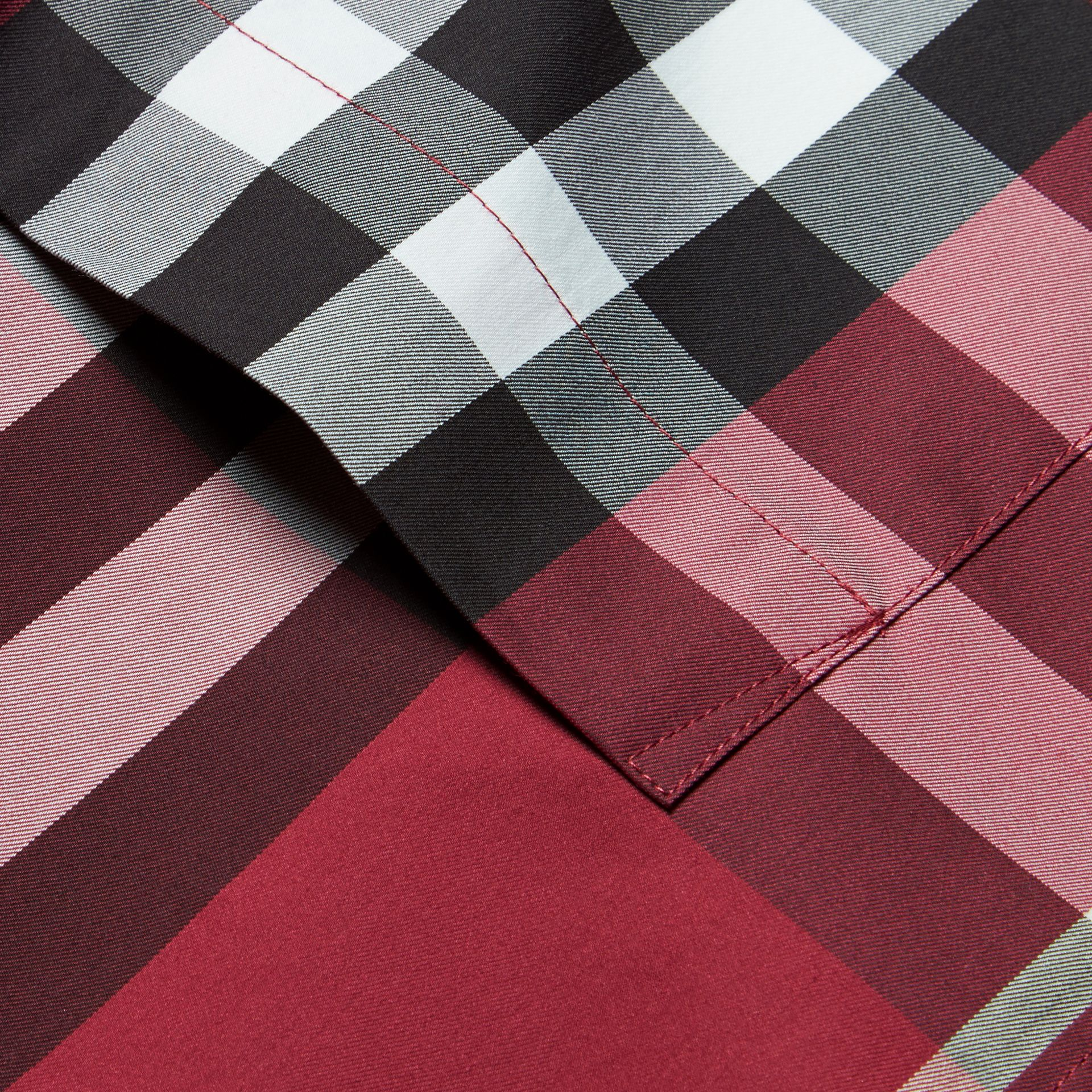 Short-sleeved Check Stretch Cotton Shirt in Plum Pink - Men | Burberry Australia - gallery image 2