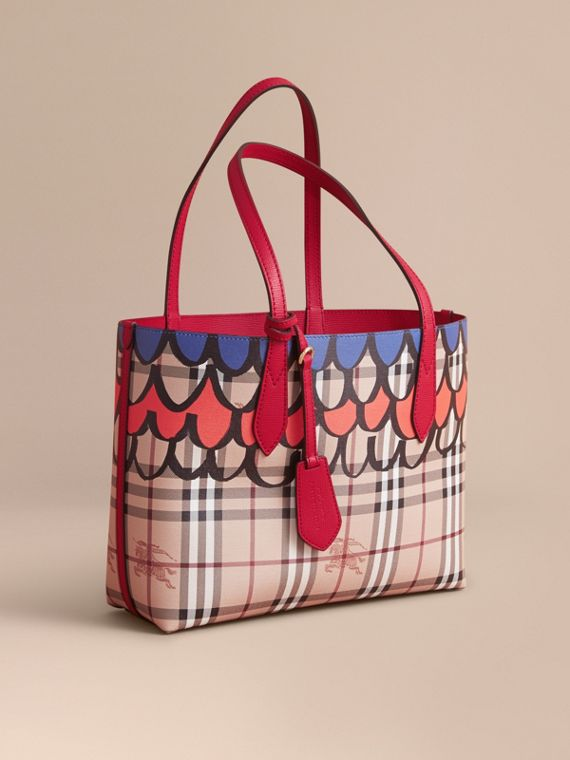 The Small Reversible Tote in Trompe L'oeil Print