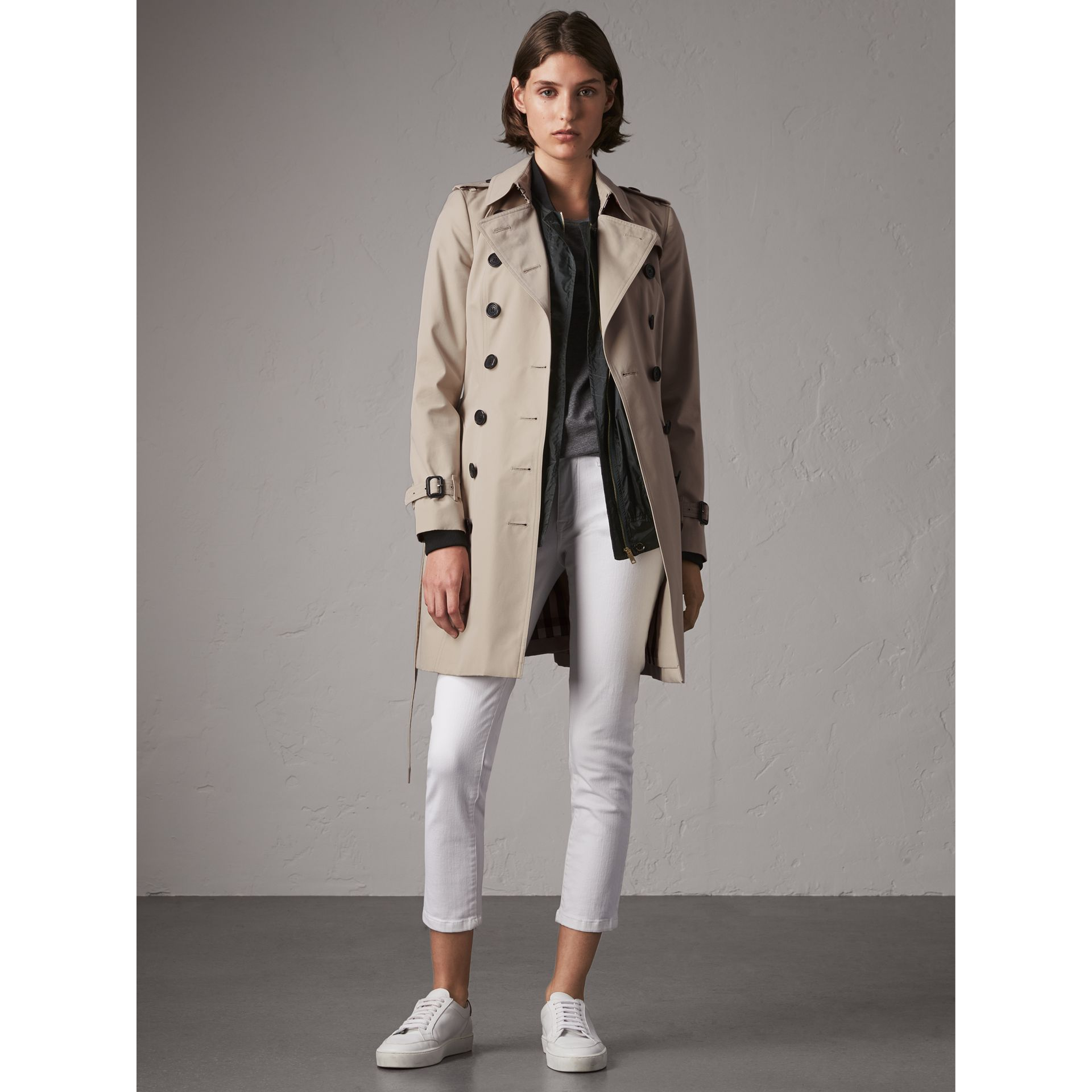 The Chelsea – Mid-length Trench Coat in Stone - Women | Burberry Australia - gallery image 1