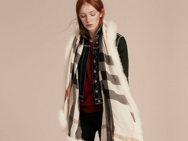 Ivory check Fur Trim Cashmere Check Scarf Ivory - cell image 2