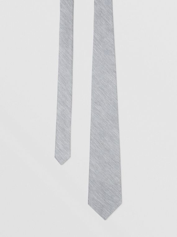 Classic Cut Silk Jersey Tie in Light Pebble Grey