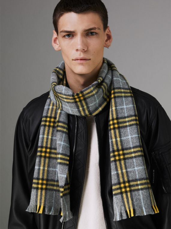 Check Cashmere Scarf in Storm Grey | Burberry - cell image 3