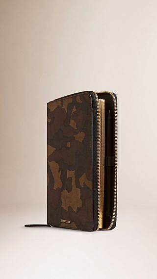 Ziparound Camouflage Print Suede 18 Month 2015/16 A5 Diary