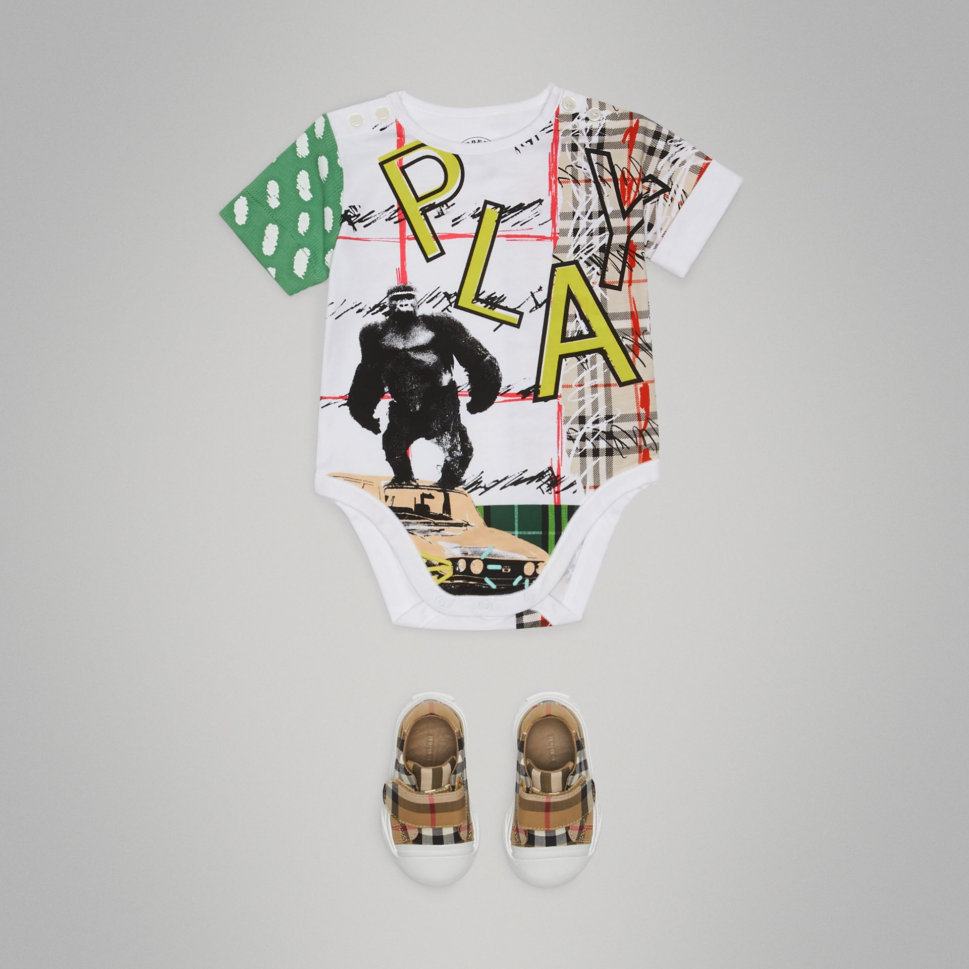 Play Graphic Print Cotton Bodysuit in White | Burberry Hong Kong - gallery image 2