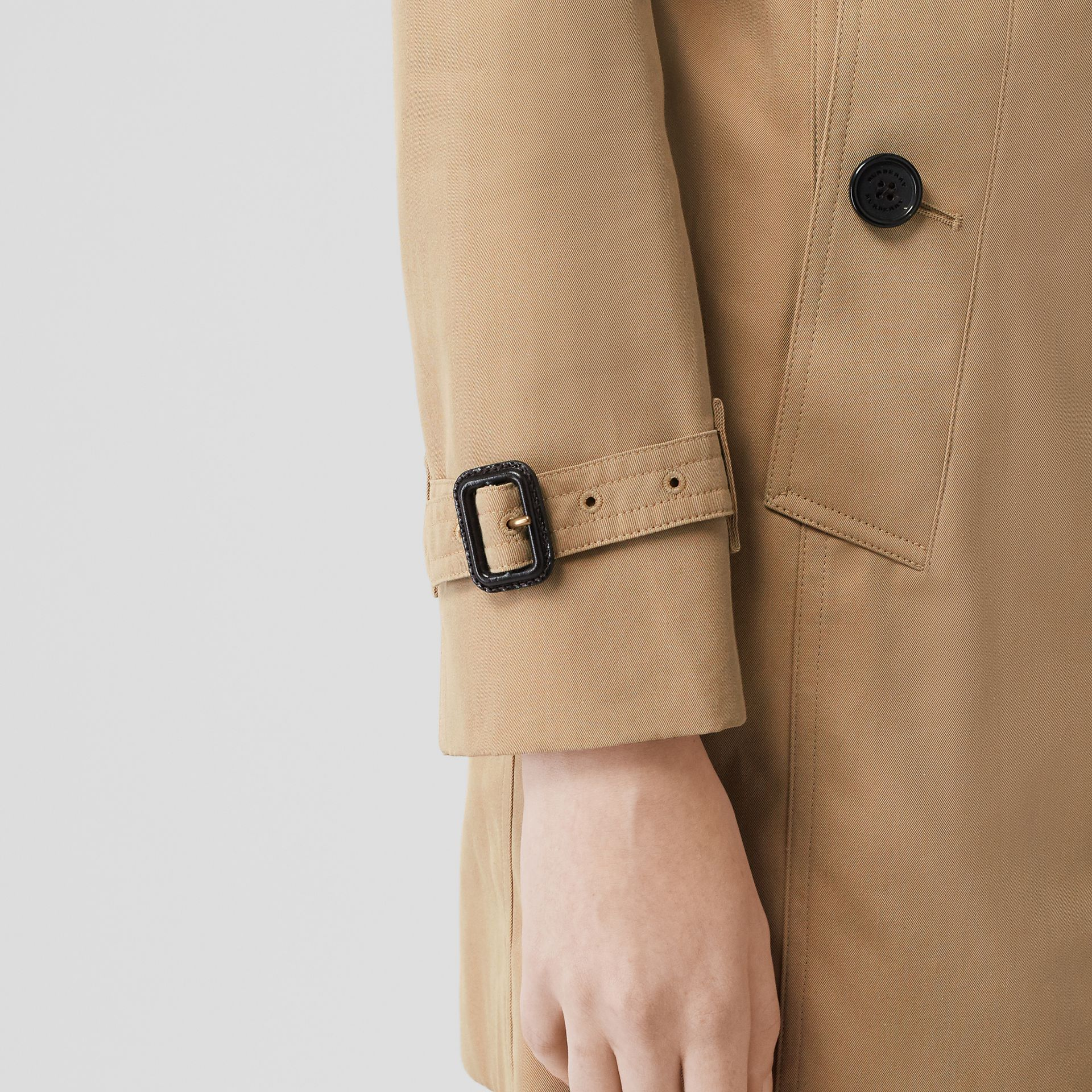 The Sandringham – Mid-length Trench Coat in Honey - Women | Burberry Australia - gallery image 5