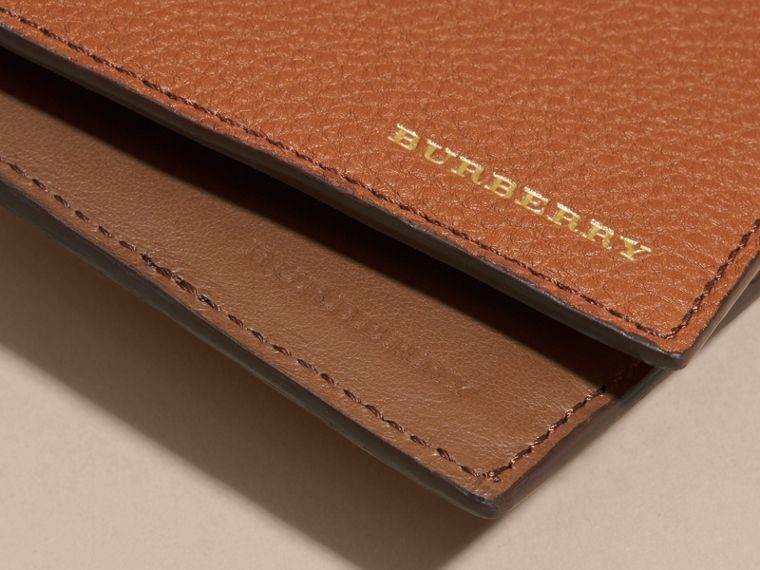 Leather and House Check International Bifold Wallet Russet - cell image 1