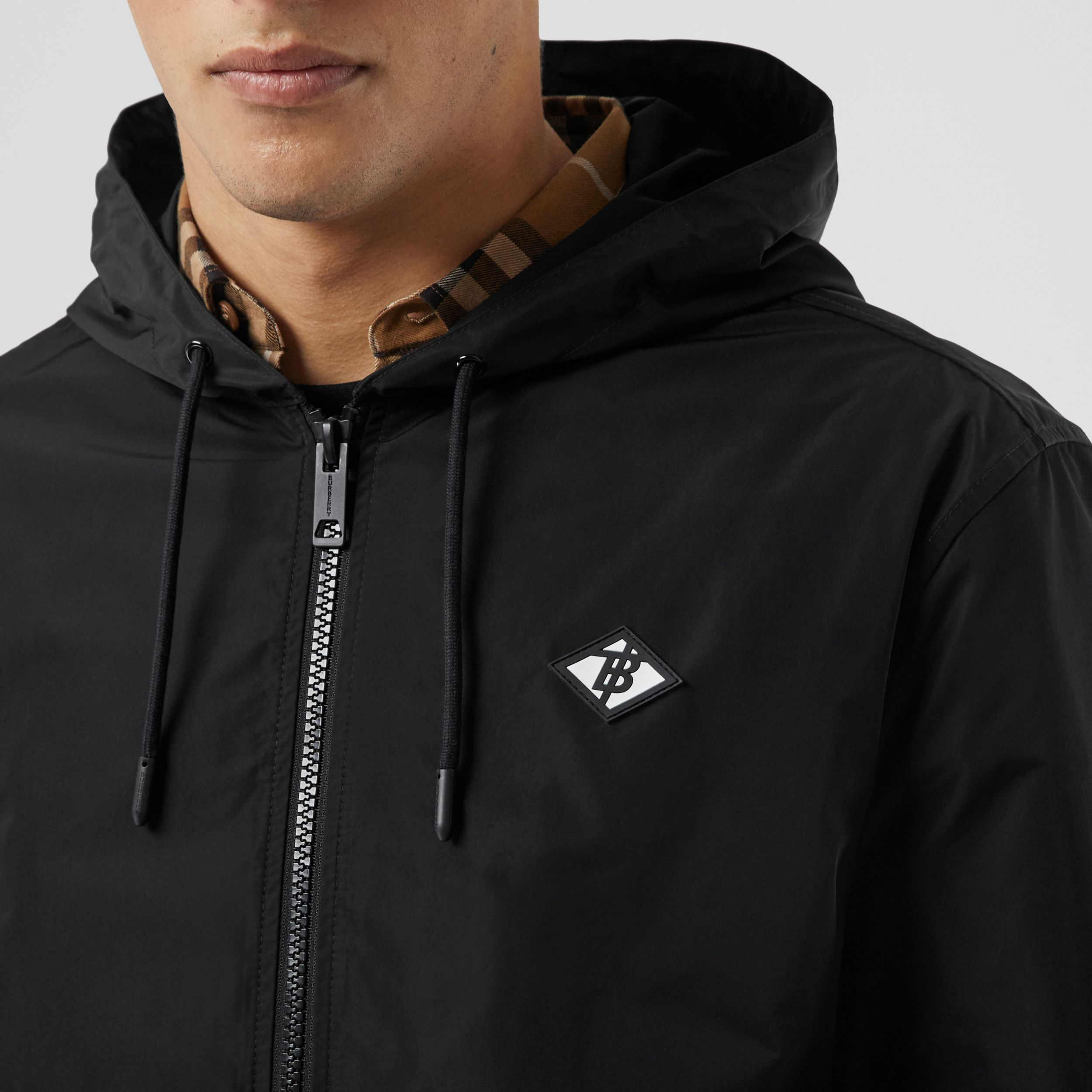 Logo Graphic Shape-memory Taffeta Hooded Jacket in Black - Men | Burberry Canada - 2