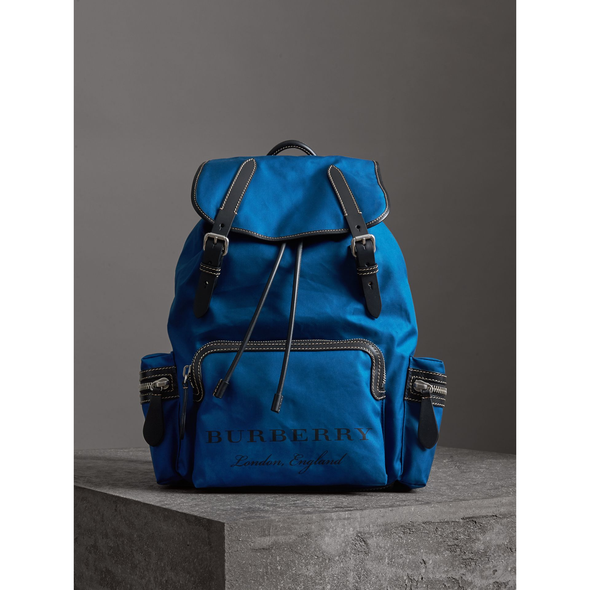 The Large Rucksack in Cotton Canvas in Bright  Blue - Men | Burberry - gallery image 4