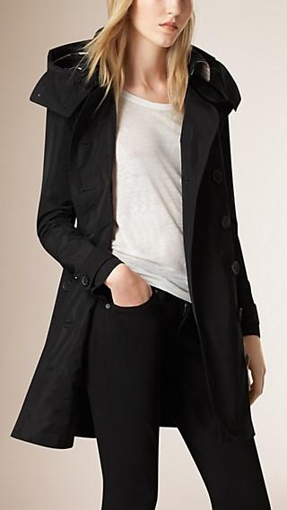 Trench coat in taffetà con cappuccio amovibile