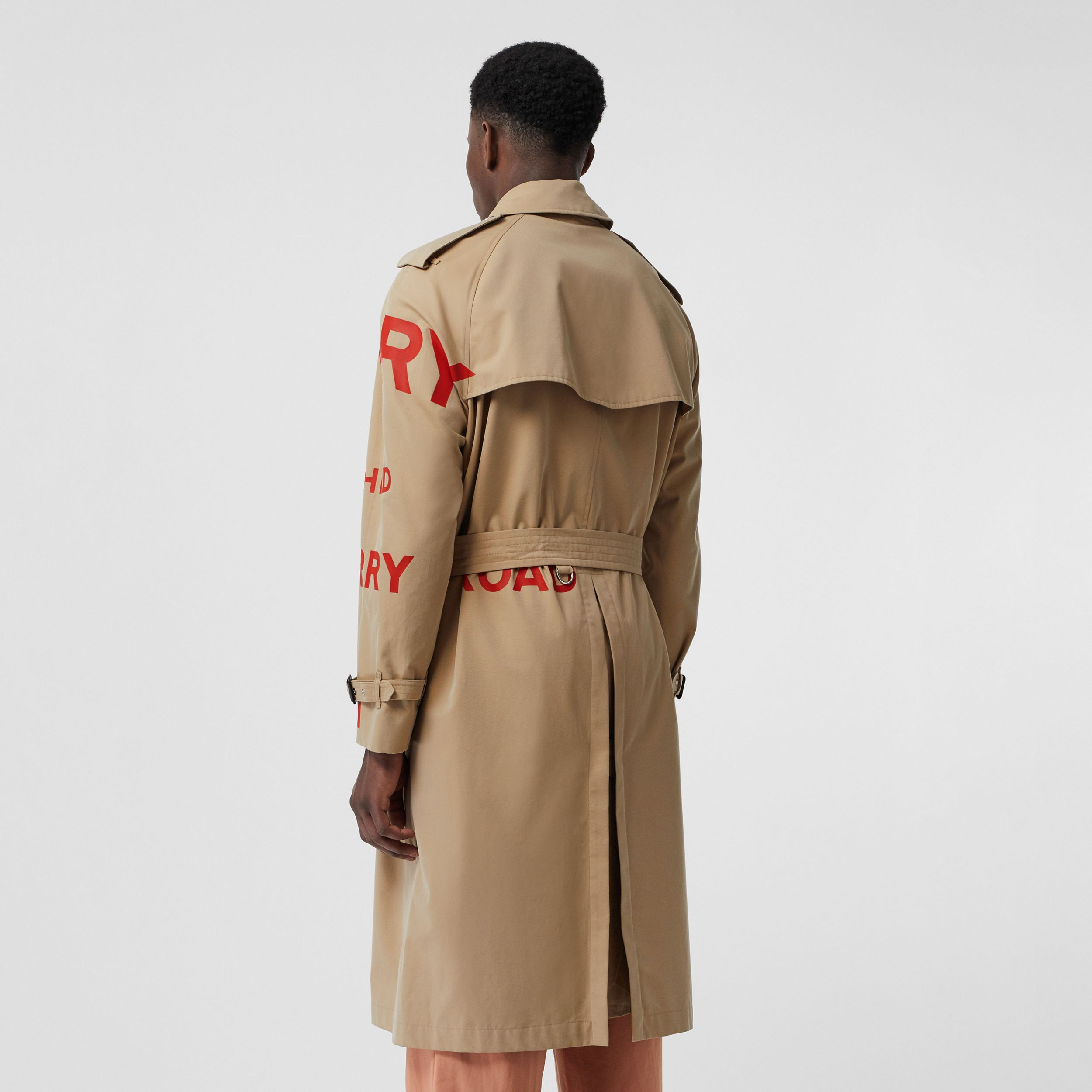 Horseferry Print Cotton Gabardine Trench Coat in Honey - Men | Burberry United Kingdom - 3