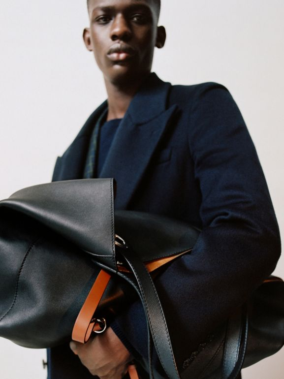 The Large Leather Grommet Detail Tote in Black | Burberry Australia - cell image 1