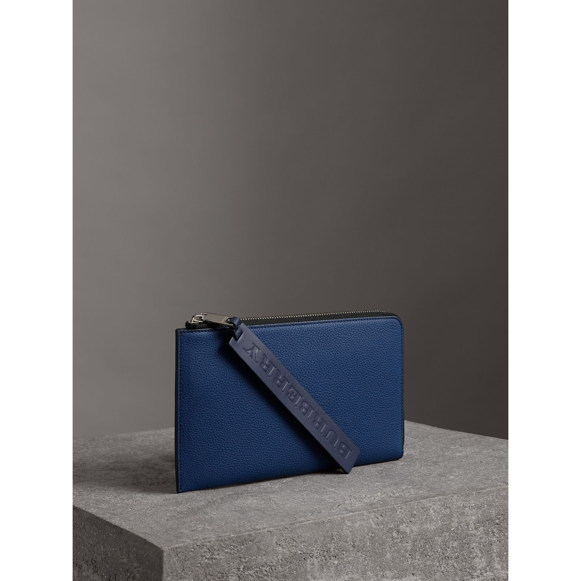 Two-tone Grainy Leather Travel Wallet in Bright Ultramarine - Men | Burberry - gallery image 5