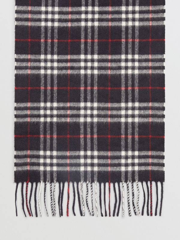 The Classic Vintage Check Cashmere Scarf in Navy | Burberry - cell image 3