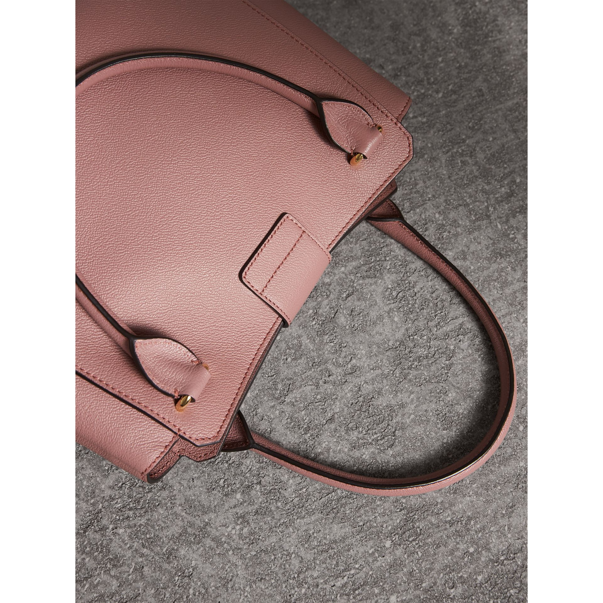 The Medium Buckle Tote in Grainy Leather in Dusty Pink - Women | Burberry - gallery image 5