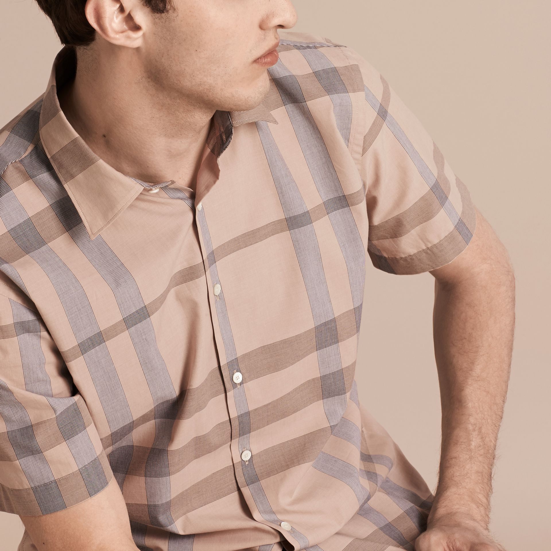 Cammello chiaro Camicia a maniche corte in cotone con motivo check Cammello Chiaro - immagine della galleria 5