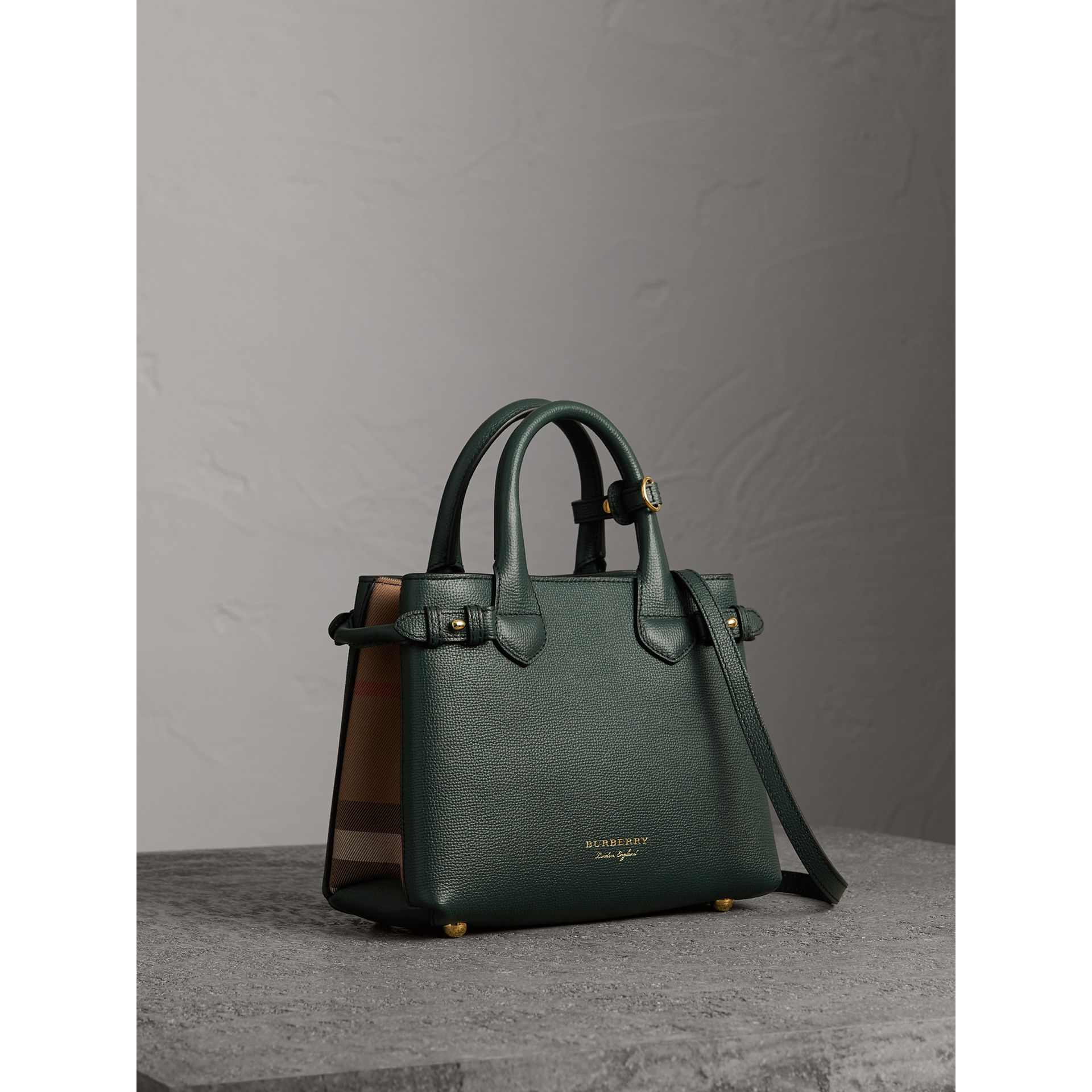 The Small Banner in Leather and House Check in Dark Bottle Green - Women | Burberry Hong Kong - gallery image 0