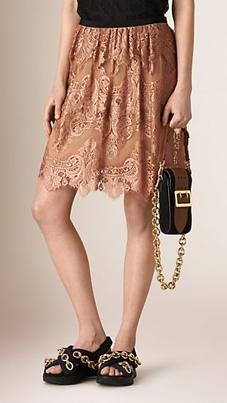 French Lace Scallop-hem Skirt