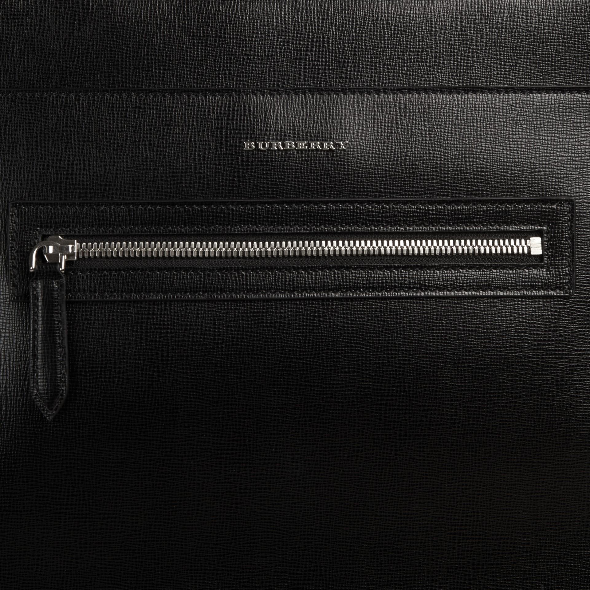 Noir Sac à dos en cuir texturé Noir - photo de la galerie 2