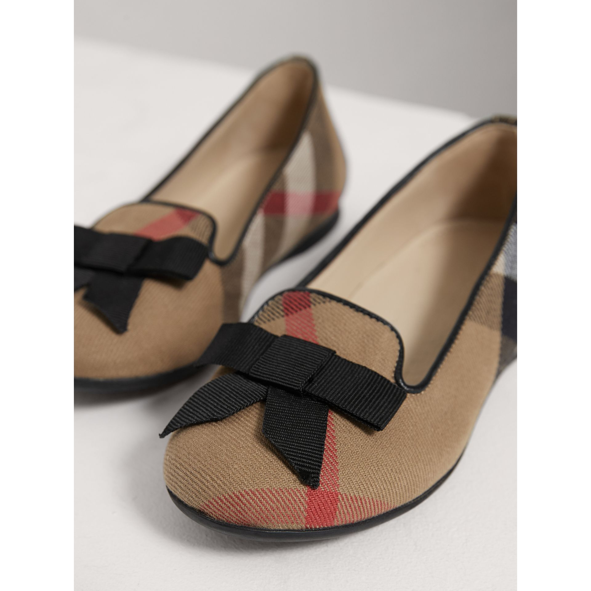 Bow Detail House Check Ballerinas in Classic - Girl | Burberry United States - gallery image 3