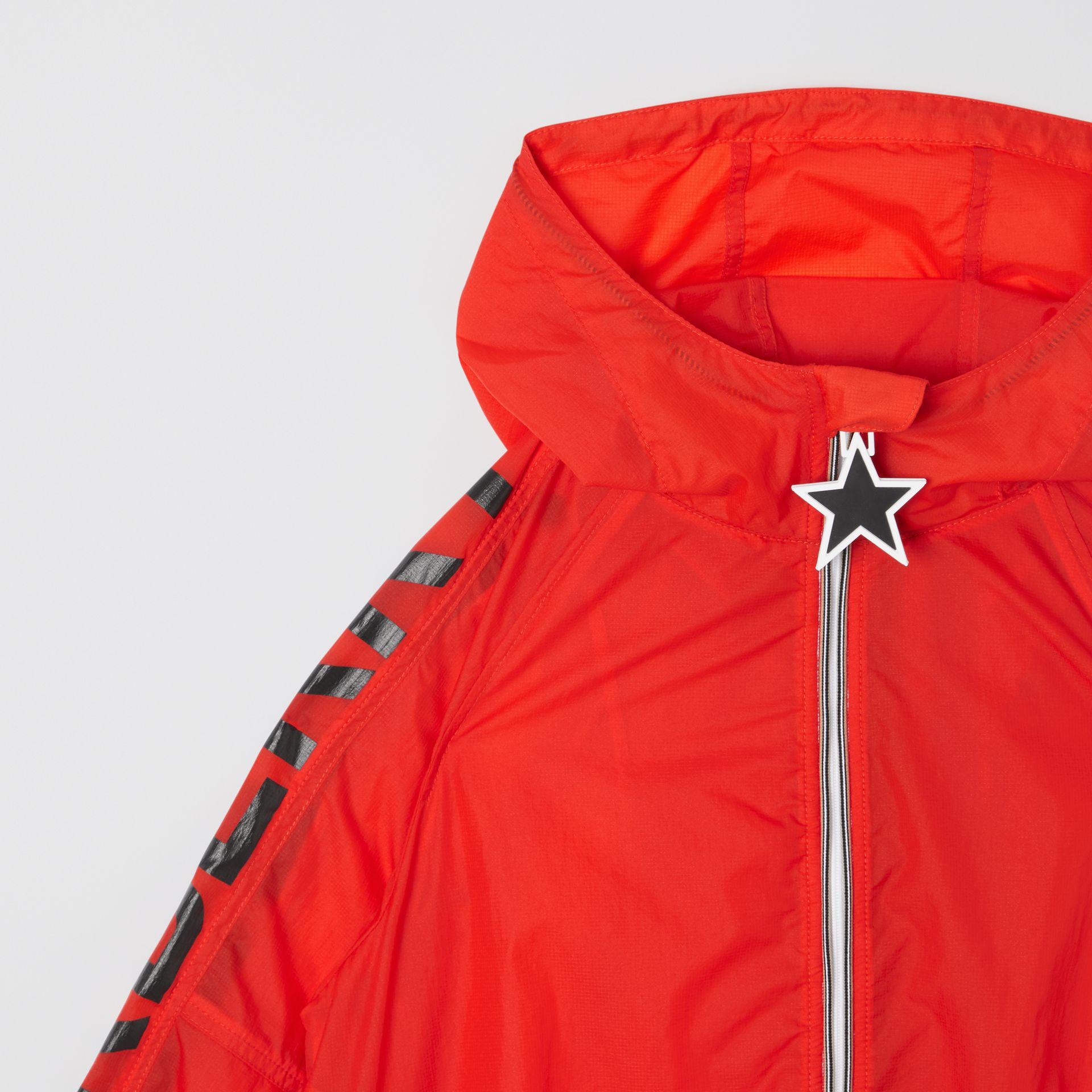 Star Detail Logo Print Lightweight Hooded Jacket in Vermilion Red | Burberry - gallery image 5