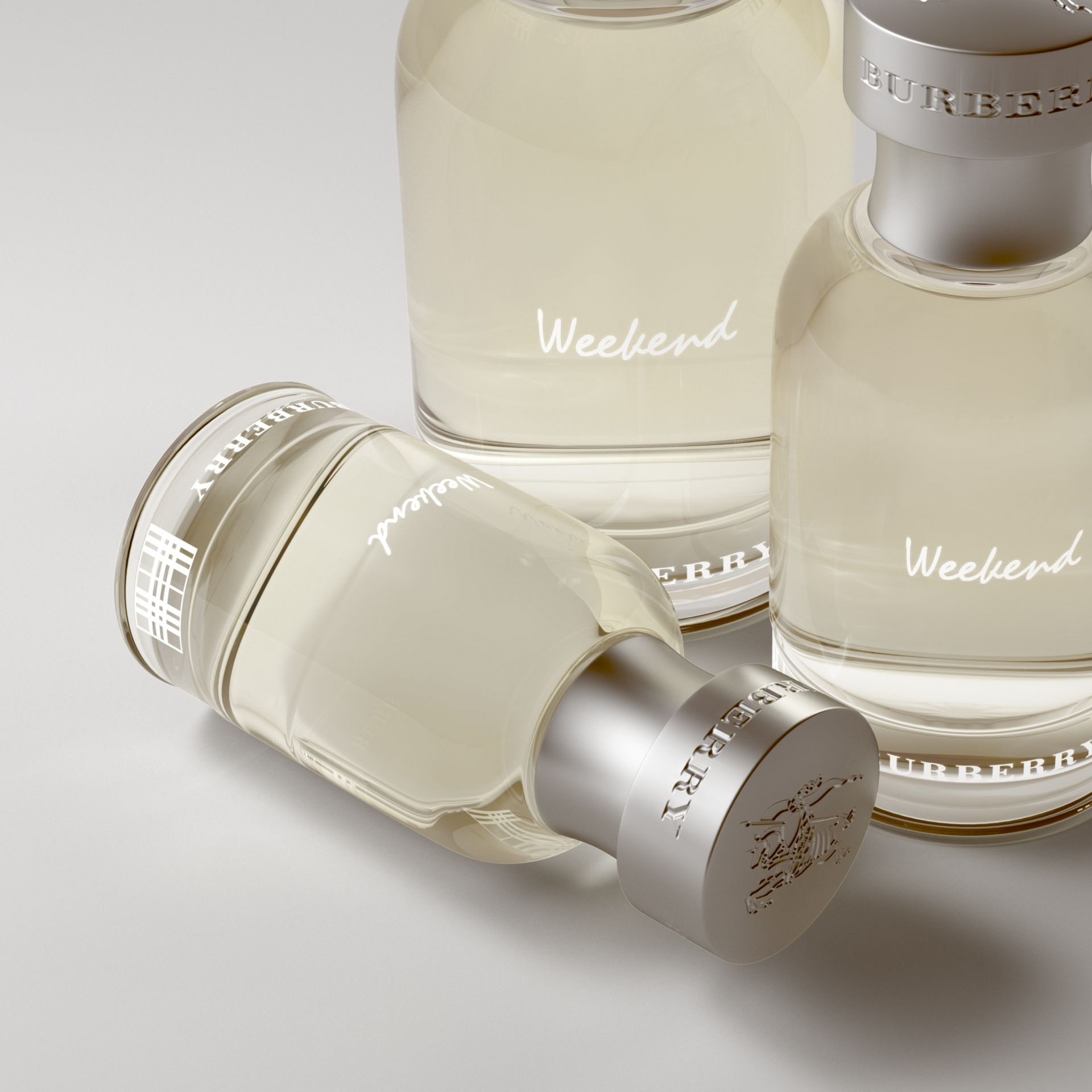 Burberry Weekend For Men Eau De Toilette 30ml - Men | Burberry - gallery image 2