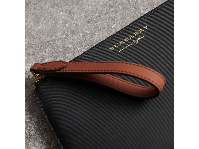 Two-tone Trench Leather Travel Wallet in Black - Men | Burberry Singapore - cell image 1
