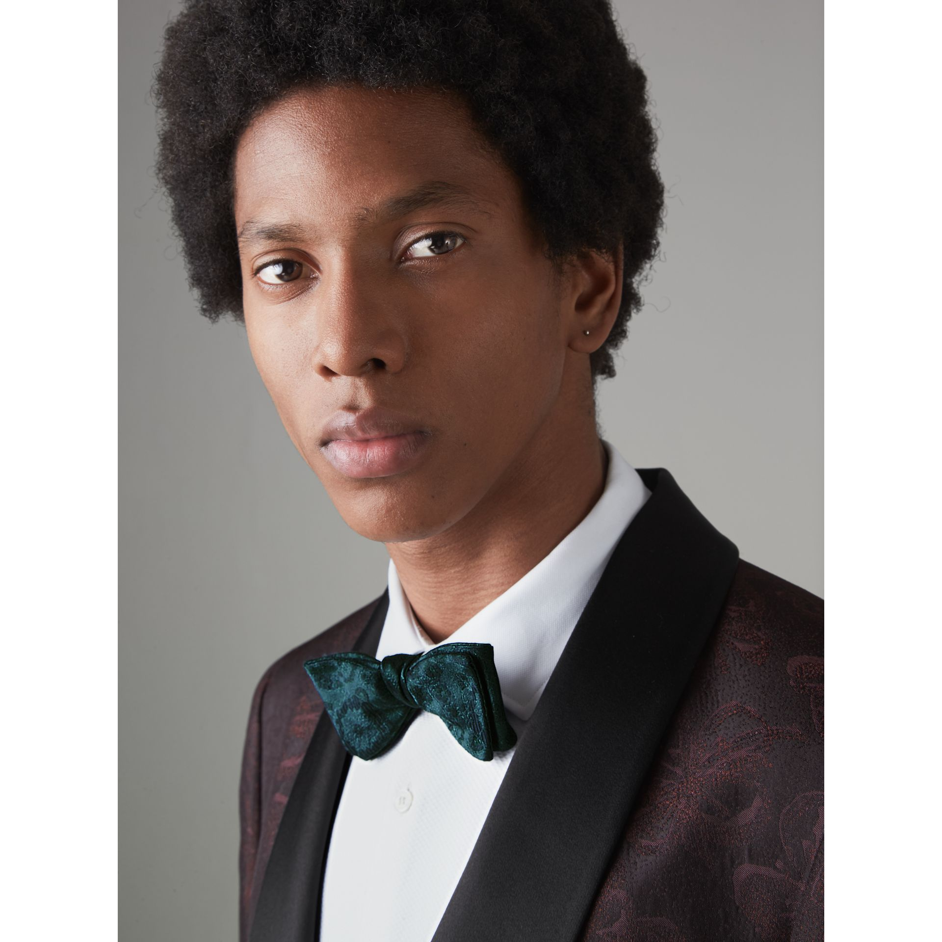 Floral Silk Jacquard Bow Tie in Dark Teal - Men | Burberry United Kingdom - gallery image 2