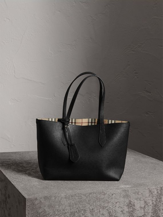 The Small Reversible Tote in Haymarket Check and Leather in Black - Women | Burberry