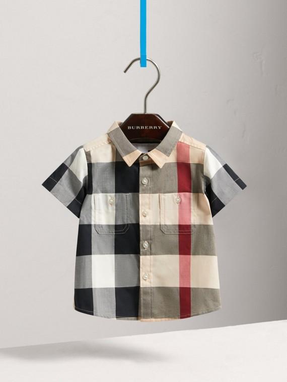 Camisa de algodão com estampa xadrez e mangas curtas (Novo  Clássico)