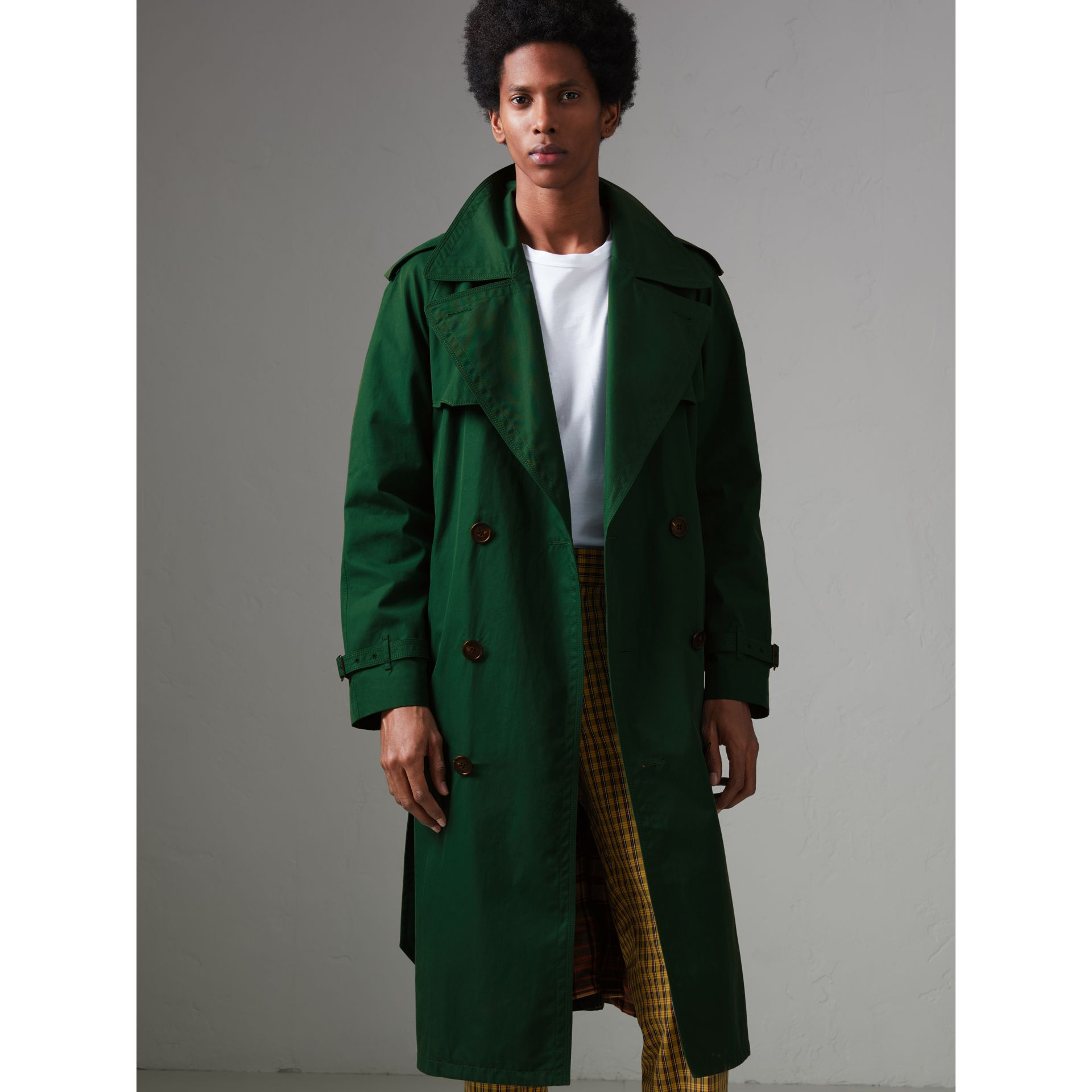 Gun-flap Detail Cotton Gabardine Trench Coat in Deep Veridian Green - Men | Burberry - gallery image 5