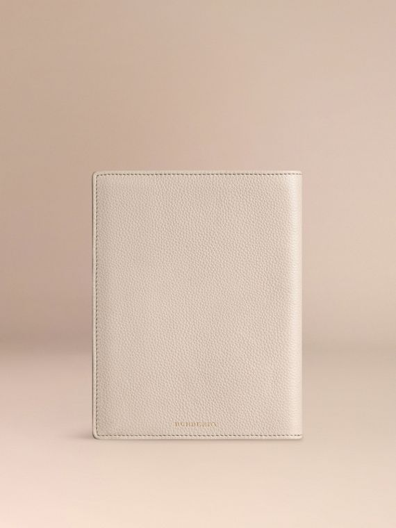 Stone Grainy Leather 18 Month 2016/17 A5 Diary Stone - cell image 2