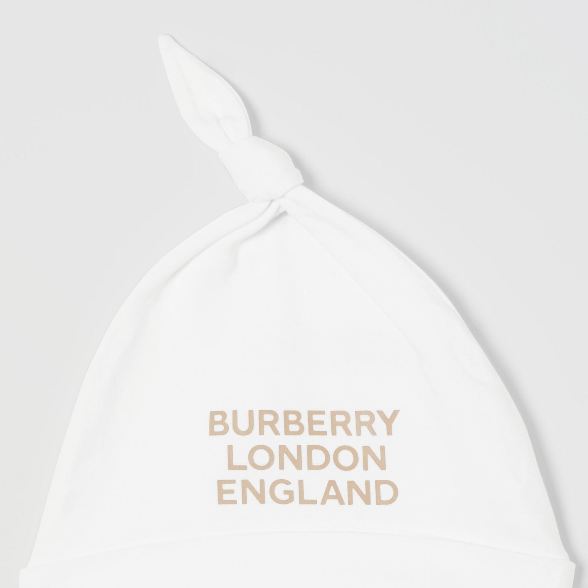 Set regalo da due pezzi in cotone biologico per neonato con stampa del logo (Bianco) - Bambini | Burberry - immagine della galleria 7