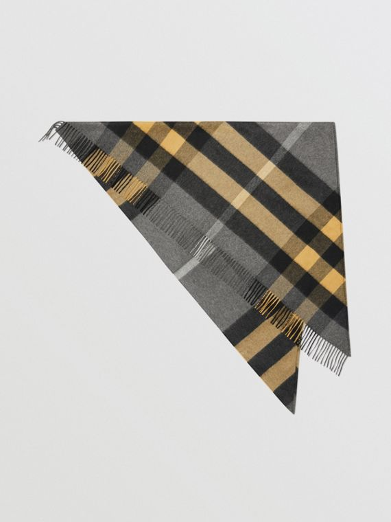 The Burberry Bandana in Check Cashmere in Mid Grey