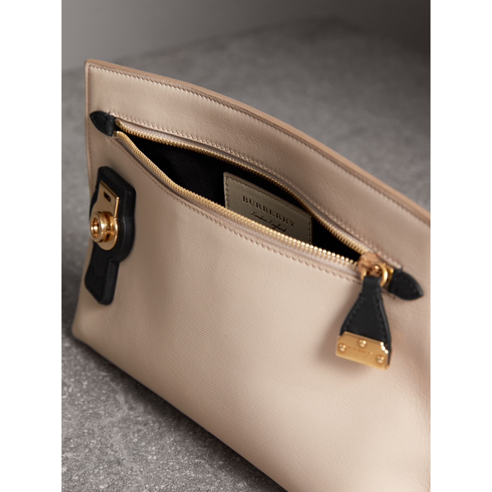 Two-tone Trench Leather Wristlet Pouch in Limestone/black - Women | Burberry - gallery image 4