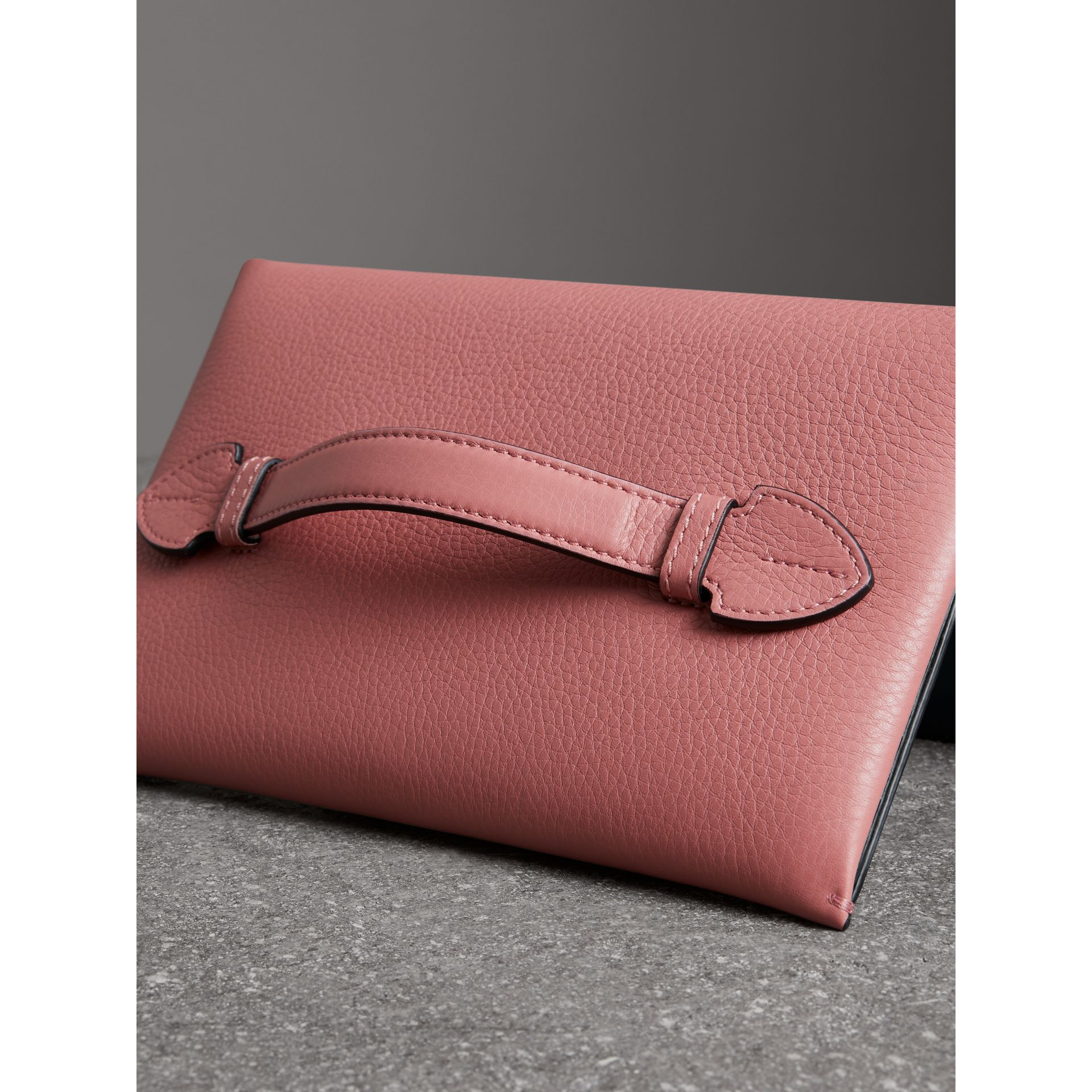 Two-tone Leather Wristlet Clutch in Dusty Rose - Women | Burberry Singapore - gallery image 2