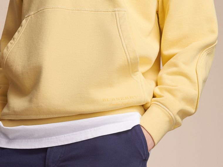 Unisex Pigment-dyed Cotton Oversize Sweatshirt in Pale Yellow - Men | Burberry Hong Kong - cell image 4
