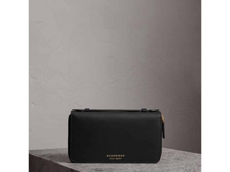 Trench Leather Travel Wallet in Black - Men | Burberry Singapore - cell image 4